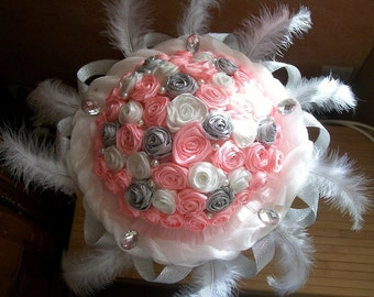 Married Bouquee, married bouquet, bouquet married pink silver white, bouquet married feathers pearls and Rhinestones, eternal flowers bouquet
