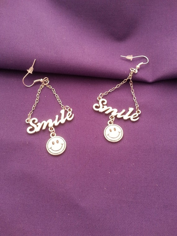 Silver Smiley Face Jewelry, Happy Face Charm, SMILE Happy Face Necklace Earrings Set, Mother's Day Positive Attitude Unique Fun Jewelry Gift
