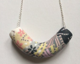 Mist zebra tube necklace (medium)