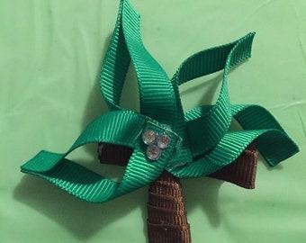 Palm tree hair clip