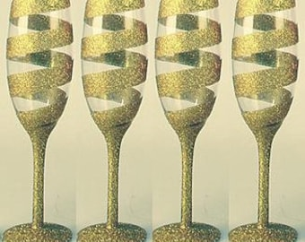 4 x Gold Swirl Champagne Glasses