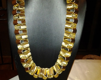 Chunky Gold Tone Linked Chain Necklace - Costume Jewellery