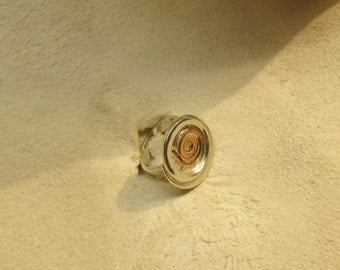 Rabbit hole. RING Size 3