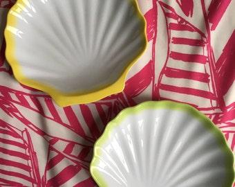 Plastic Neon Seashell Plate Set
