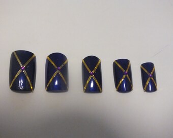 20  Purple and gold  nails