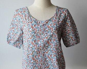Cute Floral Short Sleeve Round Neck Cotton Blouse