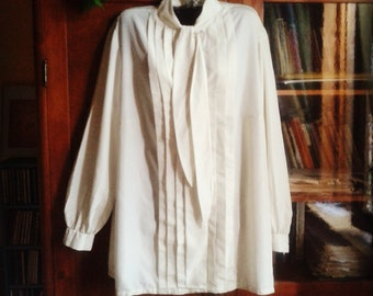 Vintage ivory pleated blouse shirt white with laces-vintage ivory pleated blouse and lace-up closure