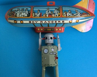 Cool Vintage Tin Toy, Blimp