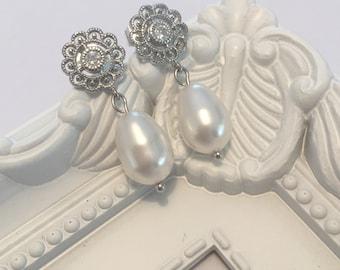 Wedding earrings stud rhinestone earrings teardrop Swarovski pearls wedding earrings gift bridal bride vintage dangle flower drop earrings