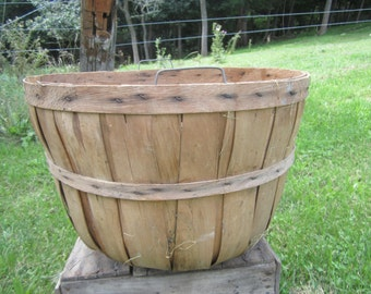 round bottom bushel basket, vintage bushel basket, fruit basket