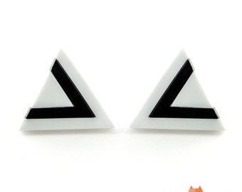 Geometric Lasercut Plexiglass Stud Earrings White And Black Triangles