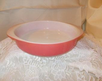 """Vintage Pyrex 221 Ovenware Flamingo Pink 8"""" Round Cake Baking Dish"""