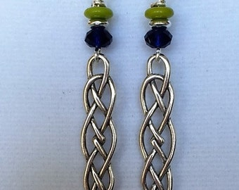Dangle braid earring with lime and blue beads
