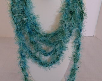 Knitted Feathery Rope Scarf