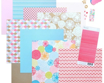 "Scrapbooking Kit ""Me, myself and I"" mini journal"
