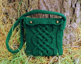 Braided Cable Pouch Knitting Pattern