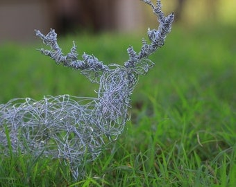 Self Standing Wire Stag Deer