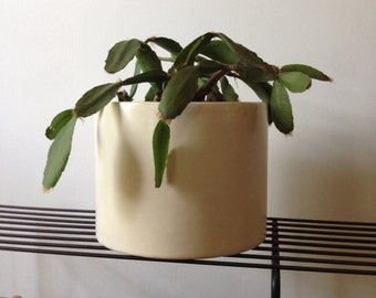 Mid century modern ceramic planter by Haeger