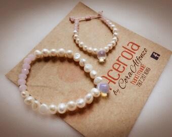 Mom & Daugther Bracelet Set with Breastfeeding Symbol, breasteeding, opal