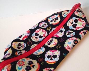 Dia de los muertos skull zipper bag, sugar skull gifts, sugar skull bag, sugar skull fabric cosmetic bag, skull print device cord storage