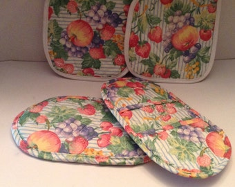 Potholders and microwave mitts