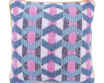 Small Zigzag Cushion