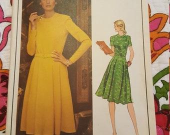 1970 Vogue  #1190 Original  size14-CUT