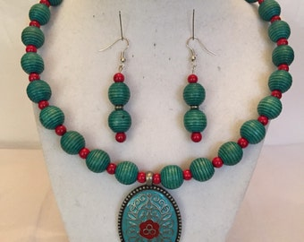 Jewelry Set/Asian Inspired Pendant Necklace and Earrings/Beaded Set