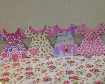 Paper dolly Dress wall hang bunting