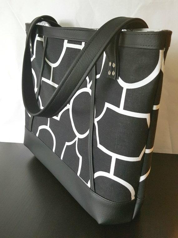 black faux leather handbag tote bag travel bag diaper bag. Black Bedroom Furniture Sets. Home Design Ideas