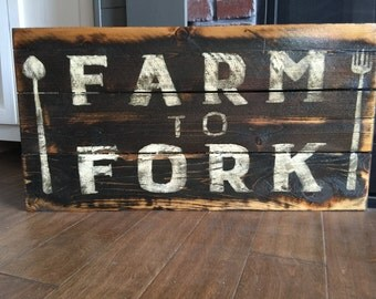 Rustic Farm to Fork sign