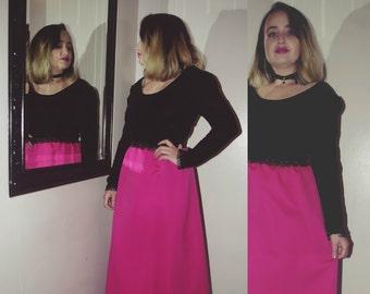 Vntg pink and black velvet dress