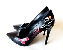 Misterious / Hand Painted Shoes / high heels / Storytelling / Stiletto / custom / women shoes / leather shoes / painted lady / sexy shoes
