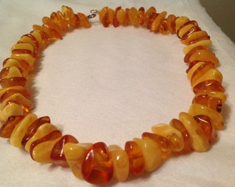 Necklace of genuine amber