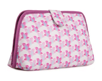 TaylorHe Toiletry Travel Wash Bag with Pink Floral Pattern.