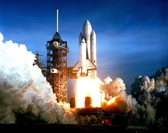 Space Shuttle Columbia (STS-1) First Launch in April 1981 - 5X7, 8X10 or 11X14 NASA Photo (EP-449)