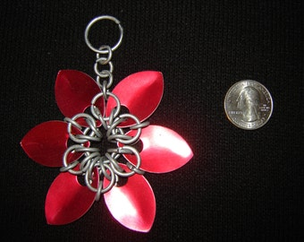 Scale mail flower 6 point (Red)