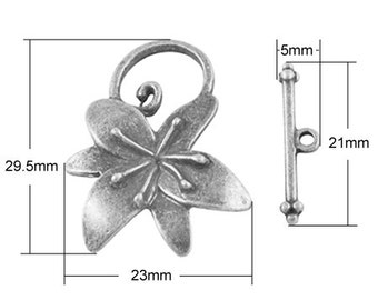 30mm Toggle Large Flower  x10
