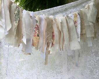 Vintage Rag Fabric Garland Bunting (Ivory)