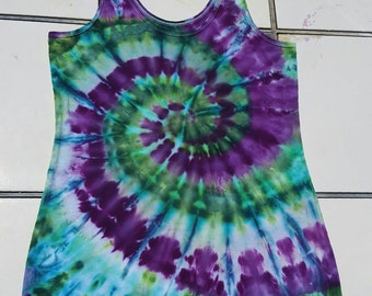 Tie Dyed purple and green  Spiral Tank top ladies XL (15-17) faded glory