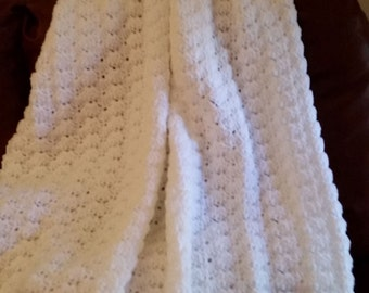 Crocheted White Shell Stitch Baby Afghan/blanket