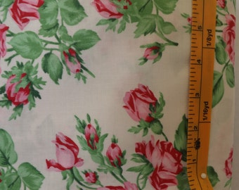 Westminster Fibers, Free Spirit Verna Mosquera, snapshot, floral romance, PWVM 114, Pearl quilting fabric with red roses