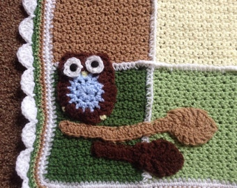 Crochet baby blanket green brown neutral woodland forest theme nursery owl new baby boy girl shower birth gift