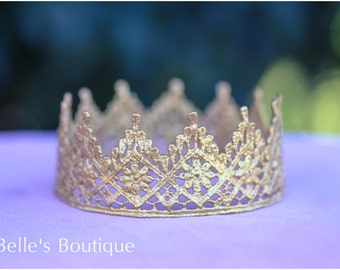 Beautiful Pointed Gold Crown