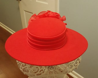 Vintage Red Ladies Sonni San Francisco Stylish Hat