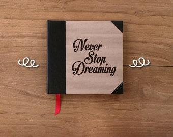 Artisan notebook with phrase 15x15cm/5.9