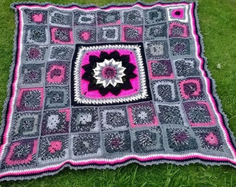Chunky 3D flower throw/afghan/blanket