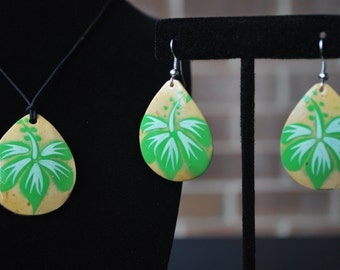 Green, Earrings, Necklace set, Hibiscus design