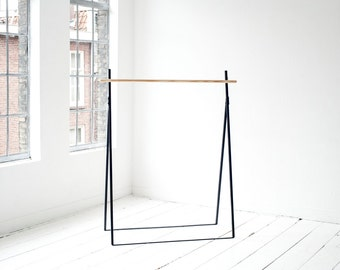 Yaco Clothing Rack (Dutch Design)