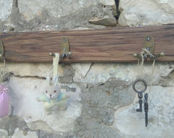 Wall rack Country stile handmade rustic wood with metal hooks